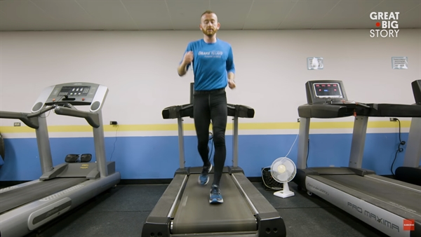 Meet Aaron, the World's Fastest Backwards Runner