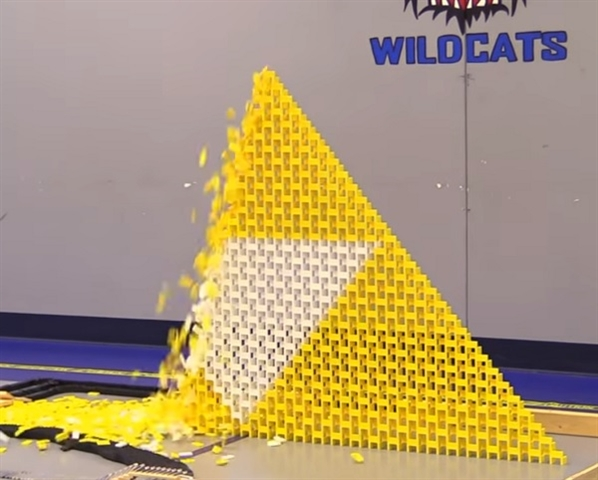The Sound of 250,000 Dominoes Falling