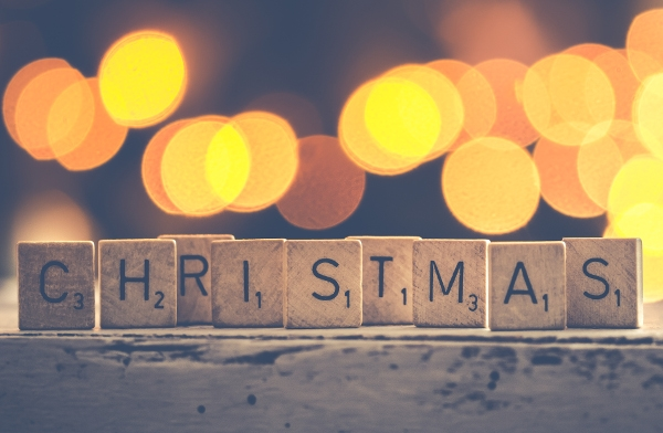 What Makes Christmas Music Sound Christmassy?
